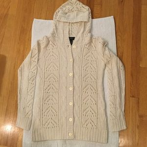 Sweaters - NWOT 💟 BUTTON DOWN Knit Cardigan with Hood